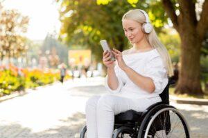 Jak technologia (nie) pomaga osobom z niepełnosprawnościami