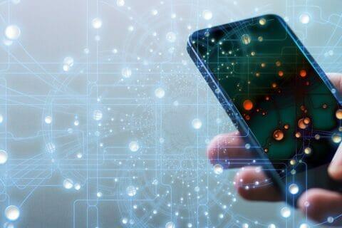 Cyberprzestępcy i smartfony